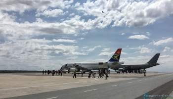 {IMAGE_CAPTION} / 001-Namibia-Airport.jpg